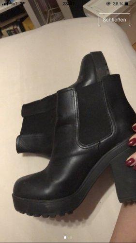 Kunstleder-Boots