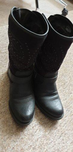 C&A Korte laarzen zwart