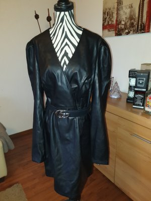 Vestito in pelle nero