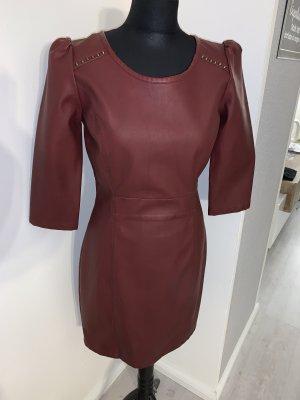 Dept Vestido de cuero rojo amarronado-burdeos