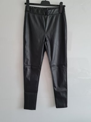 Laura Torelli Faux Leather Trousers black