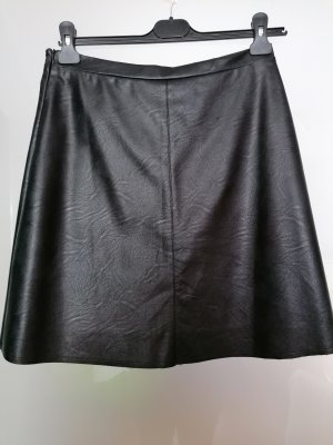 Two blue Sisters Faux Leather Skirt black