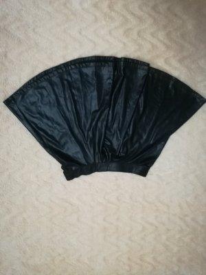 Bershka Jupe en cuir synthétique noir