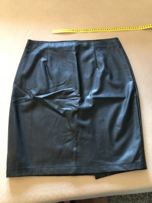 She Faux Leather Skirt black