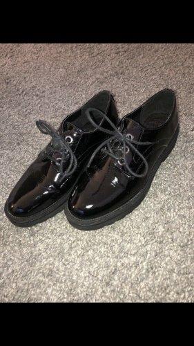Kunstleder Schuhe GR 37