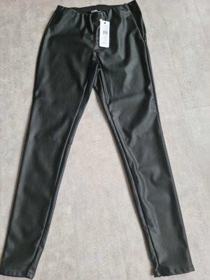 Saint Tropez Pantalón de tubo negro