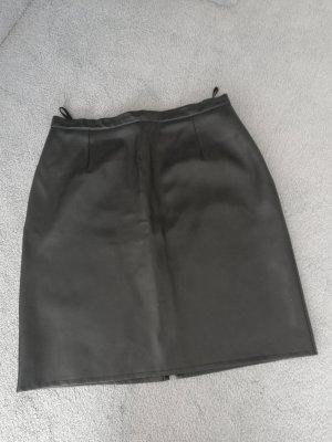 Jupe en cuir synthétique noir faux cuir