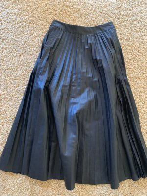 Bershka Spódnica z imitacji skóry czarny