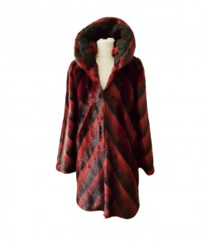 Manteau de fourrure noir-rouge carmin