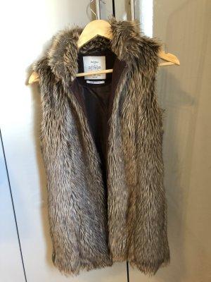 Bershka Fake Fur Vest light brown