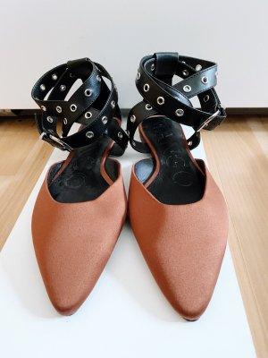 Kupferfarbene Ballerinas