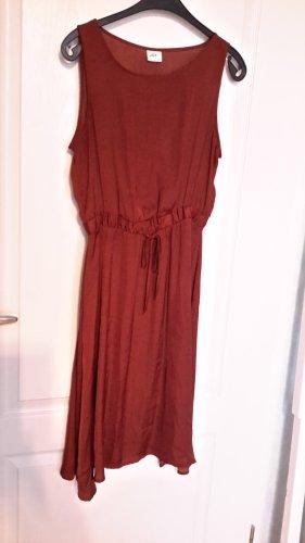 kupferfarbenes Sommerkleid von JDY