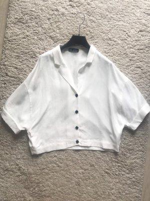 Kurz geschnittene Bluse