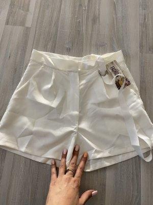 aus Italien Hot Pants white