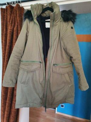 Kurz Mantel