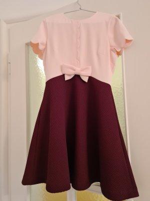Kurzärmeliges Kleid von Ted Baker, Größe 2