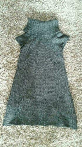 Kurzarm Strickkleid von Esprit aus Wolle Gr. XS. Mit großem Kragen