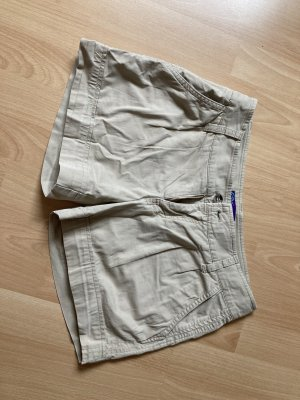 Kurze Beige Shorts