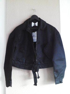 Kurze Bomberjacke in schwarz, Zara Studio Collection, Größe XS-S neu