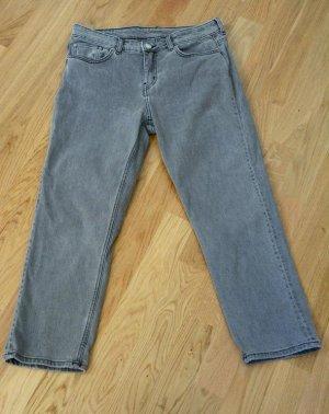 Kurze Boyfriend-Jeans mittlere Bundhöhe Stonewash Grau Gr. 29