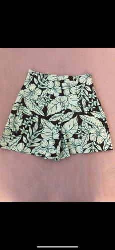 Kurze High waist Hose Short Zara