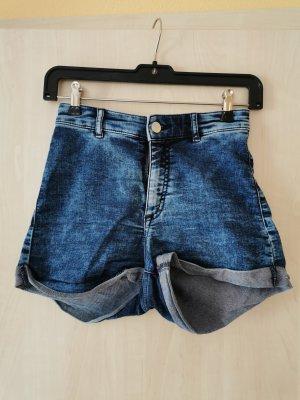 Kurze High-Waist Jeans