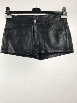 H&M Pantalón corto negro