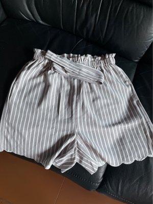 SheIn Short gris clair-blanc