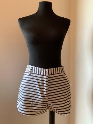 H&M Pantaloncino a vita alta bianco-blu scuro