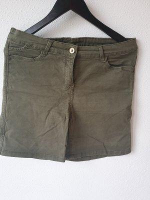C&A Yessica Shorts khaki