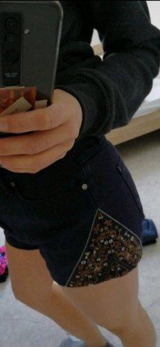 24Colours Pantalón corto marrón-azul oscuro