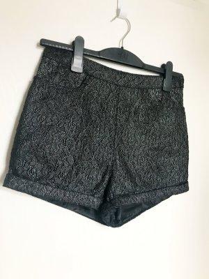H&M Divided Pantalón corto de talle alto negro-color plata