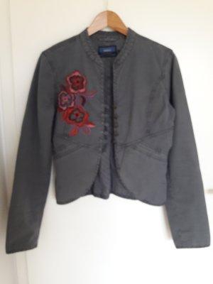 kurze Jacke mit Stickerei von Mexx, Gr. 38, grau