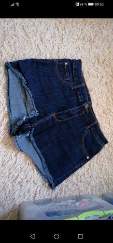 kurze jeans