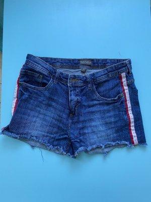 Kurze Jeans HotPants in blau mit Rosa/Roten Streifen