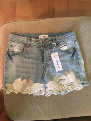 Kurze Jeans von Guess