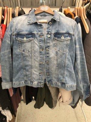 Kurze Jeansjacke
