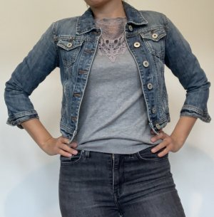 kurze Jeansjacke von Clockhouse