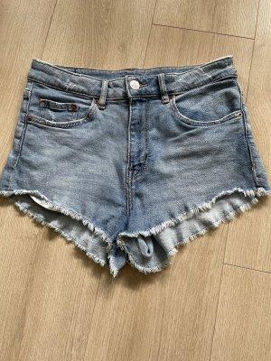 H&M Divided High-Waist-Shorts azure-blue