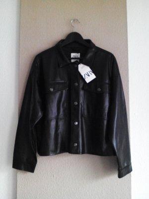 kurze leichte Jacke in schwarz, beschichtet, Grösse L, neu