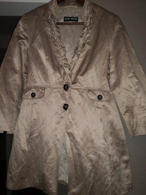 Kurze Mantel