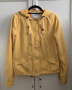 Kurze Regenjacke mit Kapuze, Gelb
