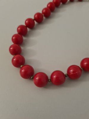Vintage Pearl Necklace red