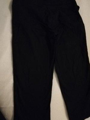 Kurze schwarze Hose, 7/8 Hose, Gr. 38