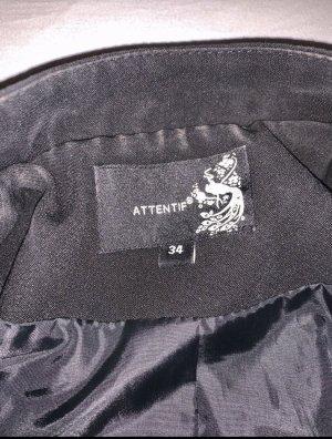 Attentif Short Jacket black