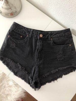 Kurze schwarze Shorts Sommer