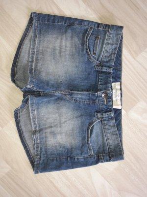H&M Pantalón corto de tela vaquera gris pizarra