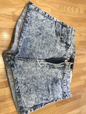 Bershka Pantaloncino di jeans grigio ardesia