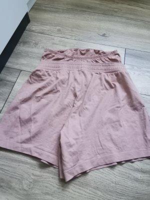kurze shorts umstand