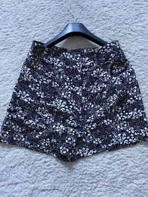 Kurze Shorts von H&M 38